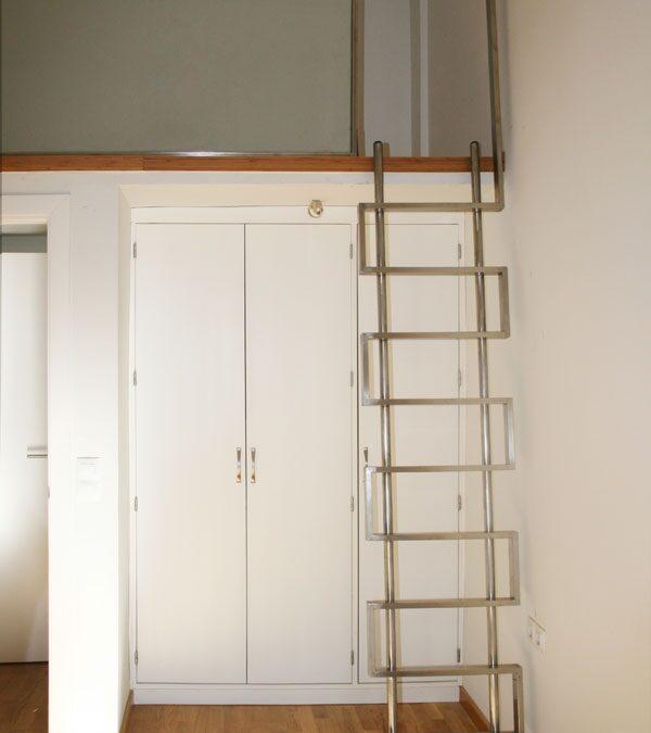 Diseño y fabricación de escalera a medida en acero inoxidable