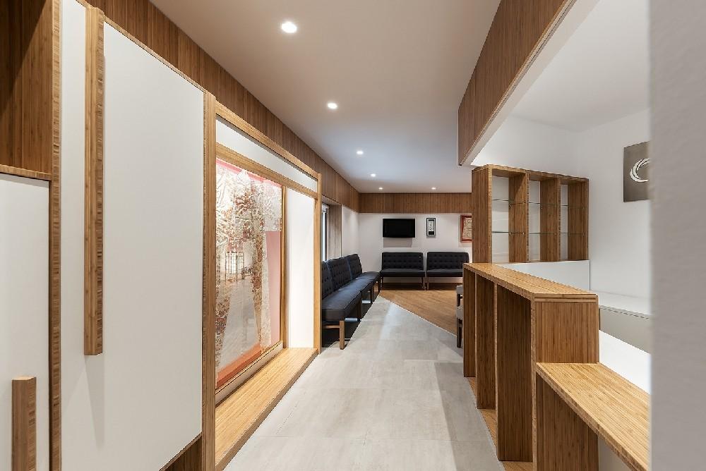 Mueble bambú y laca blanca estilo Japonés