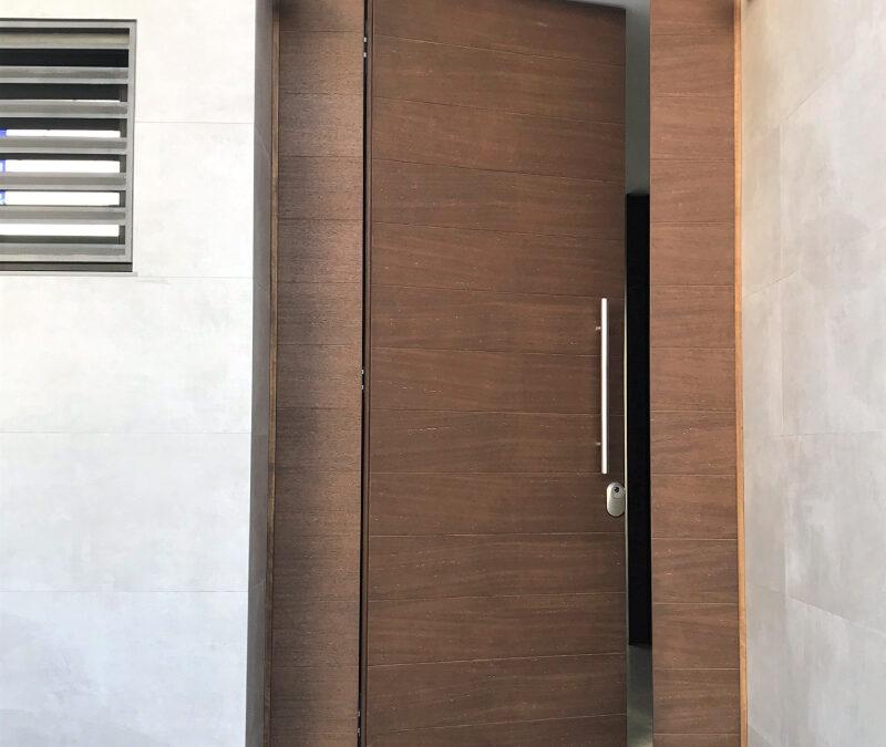 Puerta acorazada de entrada